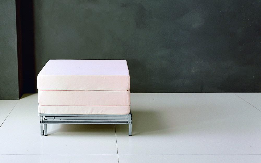 g stebett pouf 878 meta g stebetten. Black Bedroom Furniture Sets. Home Design Ideas