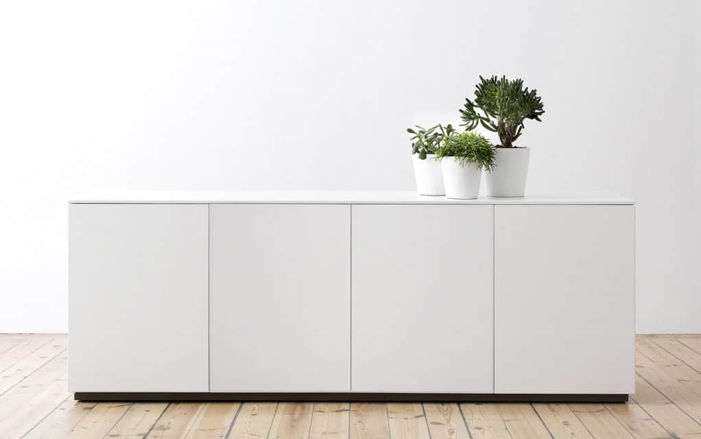 arctic sideboard 180 cm mit 4 t ren. Black Bedroom Furniture Sets. Home Design Ideas