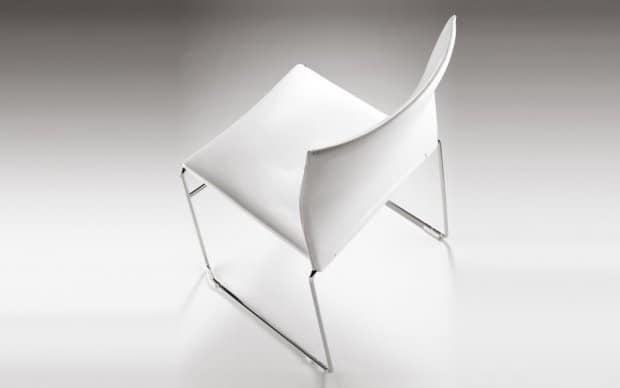 Infiniti Chair Web hinten