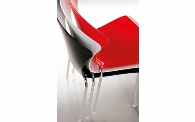 Infiniti Chair Glossy gestapelt undurchsichtig