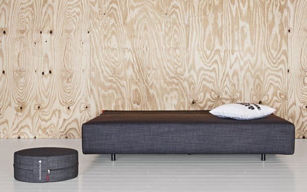 Innovation Schlafsofa Xerxes dunkelblau Denim Showroom Schlafposition