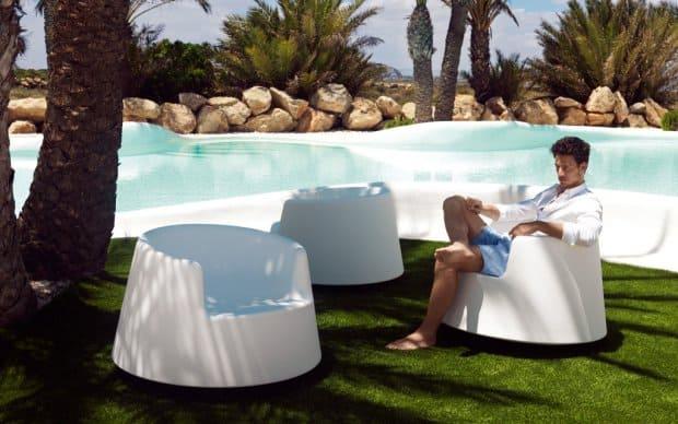 Vondom Roulette Sessel Garten Sonne